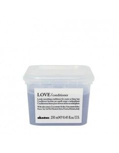 ESSENTIAL HAIRCARE LOVE SMOOTH CONDITIONER 250 ml
